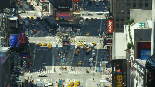 ws, ha, tu, traffic on times square, manhattan, new york city, new york, usa - manhattan theater district stock videos and b-roll footage