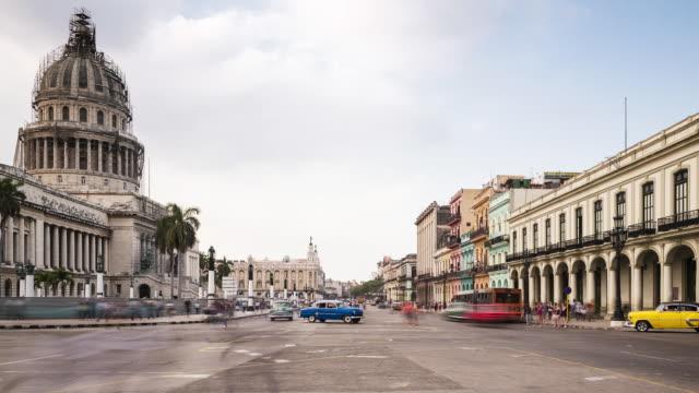 tl, ws traffic passes el capitolio on paseo de marti / havana, cuba - 30 seconds or greater stock videos & royalty-free footage