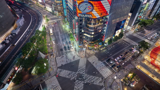 traffic time lapse, aerial view of a crossing in ginza, tokyo. - ginza stock videos & royalty-free footage
