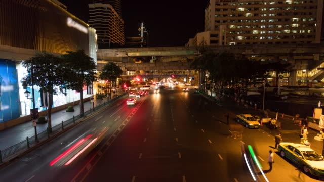 市内中心部の交通時間の経過 - エラワン聖堂点の映像素材/bロール