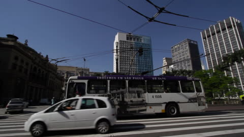 traffic, trolley bus in downtown sao paulo / brazil - commercial land vehicle stock videos & royalty-free footage