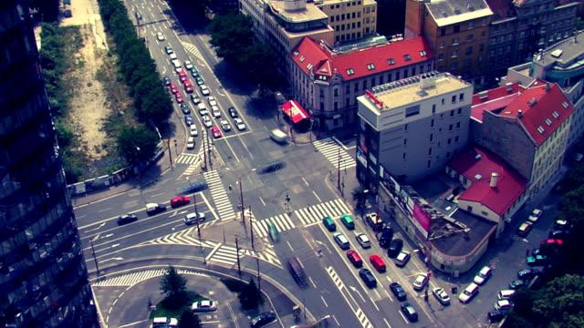 stockvideo's en b-roll-footage met hd traffic - cross processen