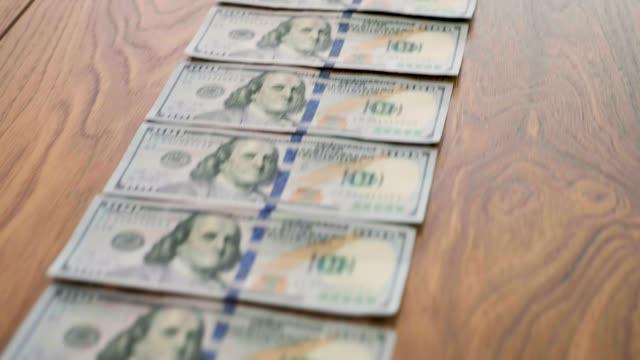 vídeos y material grabado en eventos de stock de rastro del dinero - benjamín franklin