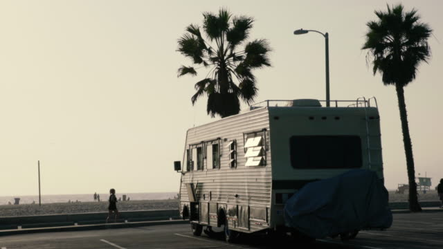 trailler parked in venice beach - venice california stock videos & royalty-free footage