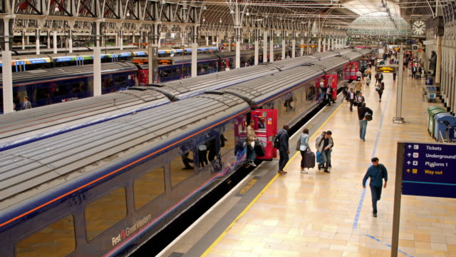 train arriving in paddington station - railway station stock videos and b-roll footage