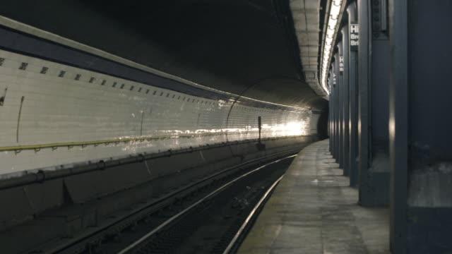 A Train - High Street