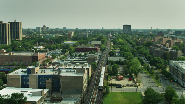 l train in south side chicago - drone shot - chicago 'l' stock videos & royalty-free footage