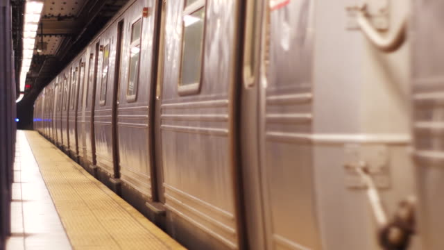 Train leaves station 4K