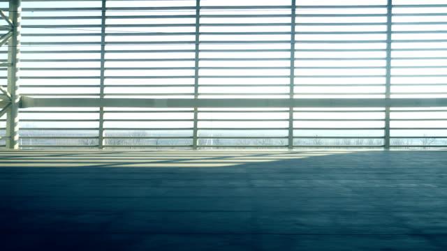 電車駅から移動 - 高速列車点の映像素材/bロール