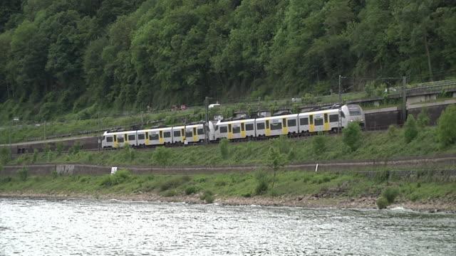 train on the west rhine railway (rheinstrecke) - river rhine stock videos & royalty-free footage