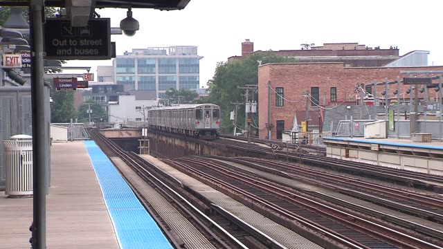 train pulling out of station - chicago 'l' stock videos and b-roll footage