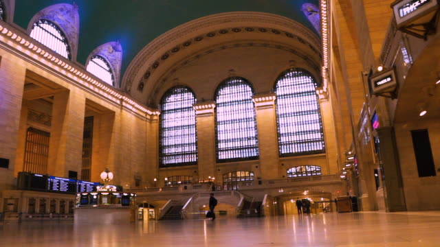 train station pandemic slow motion - international landmark stock videos & royalty-free footage