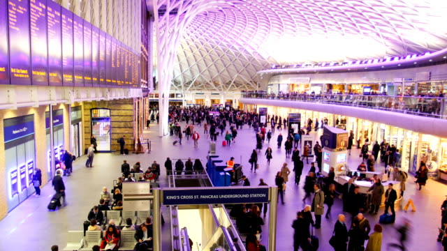 Train station people movement, London time lapse