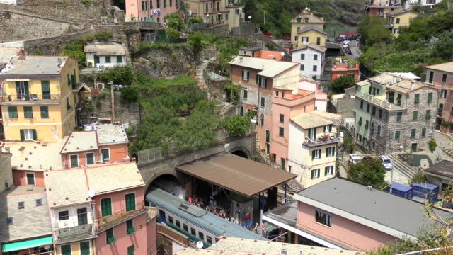 train station - vernazza, italy - tourist resort stock videos & royalty-free footage