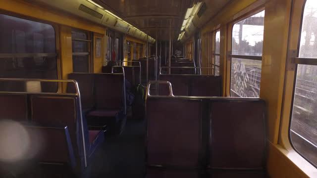 rer train - pendlerzug stock-videos und b-roll-filmmaterial