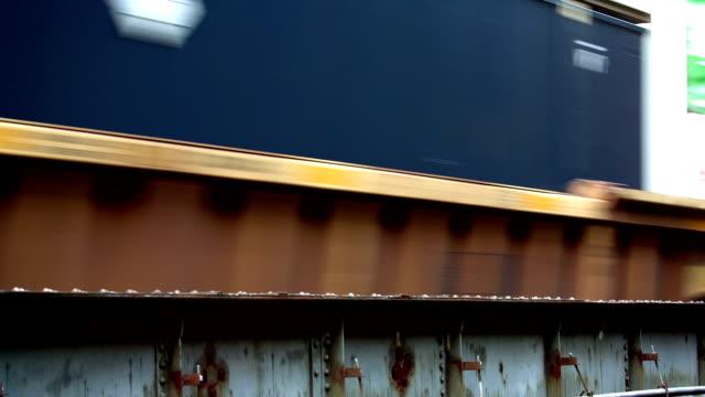vídeos y material grabado en eventos de stock de tren de - cambio de oficina