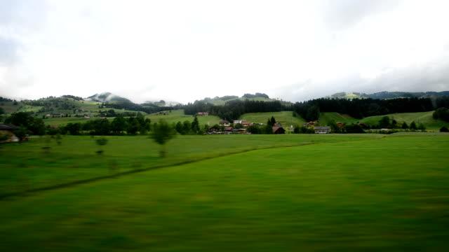 Zug war durch die Landschaft
