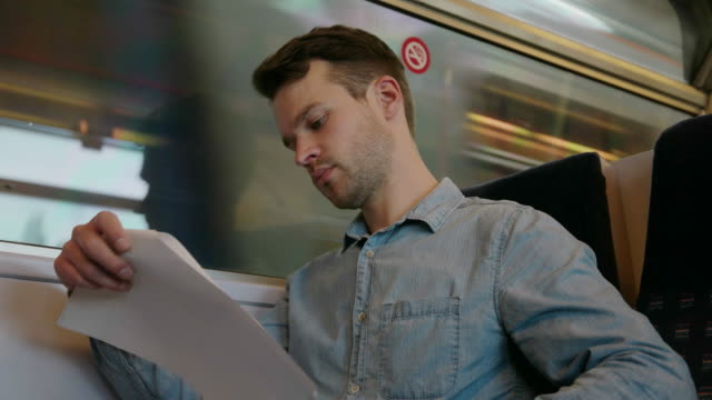 vídeos de stock e filmes b-roll de comboio de trabalho - procurar emprego