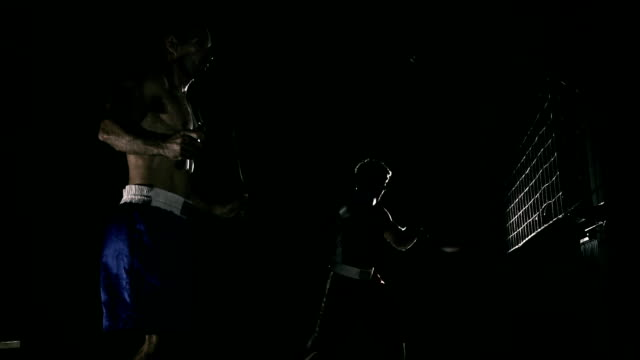 HD SUPER SLOW MO: Training In The Boxing Club