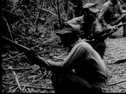 stockvideo's en b-roll-footage met 1950 b/w montage training of us and latin american troops in latin america, audio - bolivia
