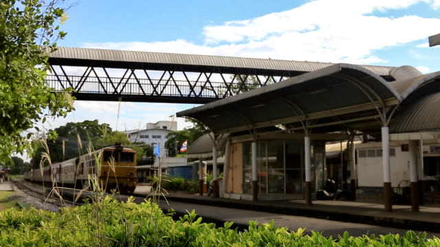 trains station - monorail stock videos & royalty-free footage