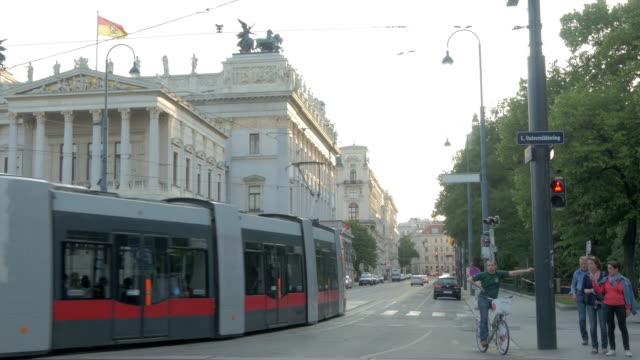 Tram entering Volksgarten Strasse.