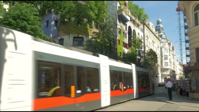 vidéos et rushes de tram near hunterwasser - tramway