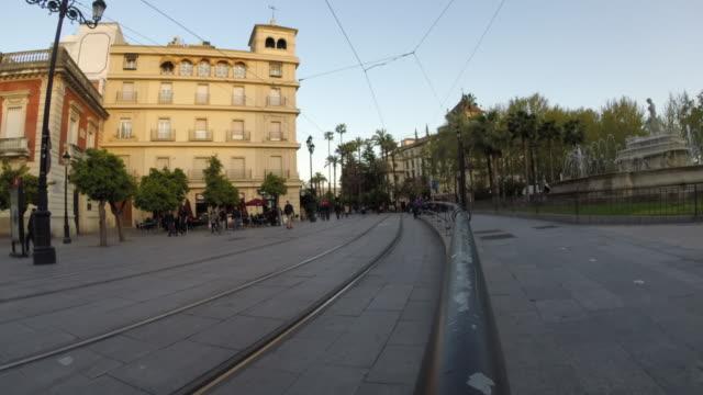vídeos y material grabado en eventos de stock de tram panoramic time lapse - tranvía