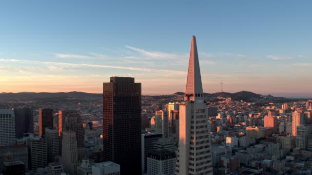 transamerica building san francisco - san francisco kalifornien bildbanksvideor och videomaterial från bakom kulisserna