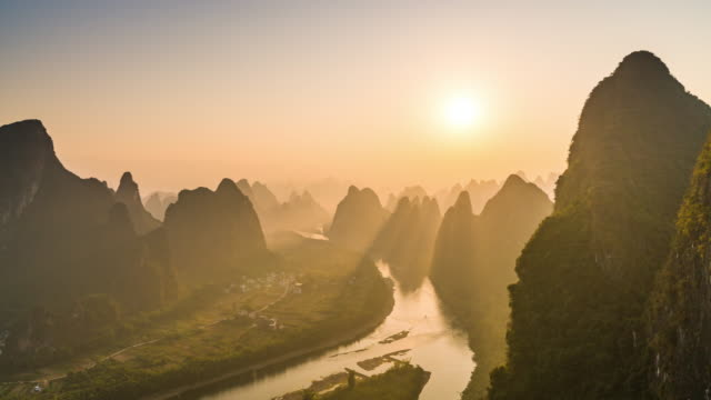 transition b-roll clip of chinese tradition mountains-and-waters landscape in guilin - karst formation stock videos & royalty-free footage