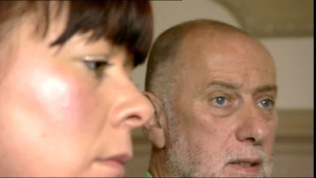 Transplant patient dies after being given lungs of heavy smoker Karen Tittman and Allan Scott setup shots and interview SOT