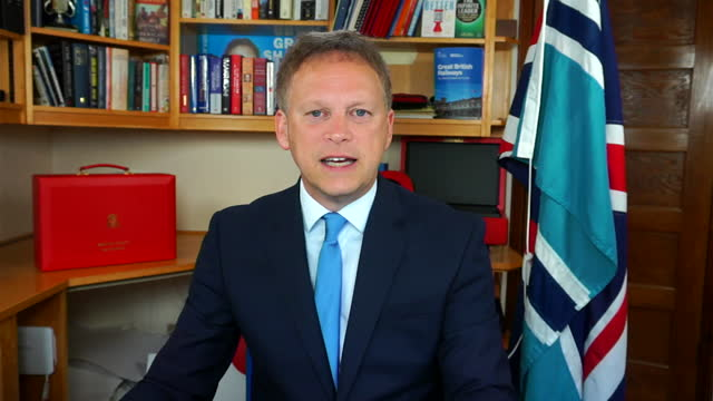 """transport secretary grant shapps saying """"as our coronavirus restrictions change, the nhs track and trace app will need to change in line"""" - rules stock videos & royalty-free footage"""