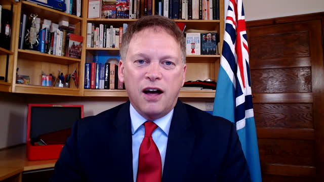 """transport secretary grant shapps saying dominic cummings would """"look to shake things up"""" whilst he was an advisor at 10 downing street - shaking stock videos & royalty-free footage"""