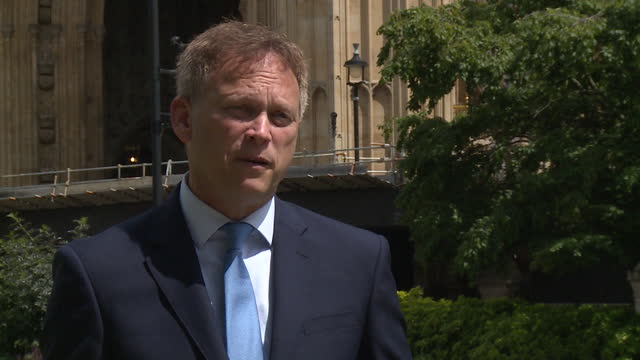 transport secretary grant shapps saying the government had a choice in keeping coronavirus travel restrictions in place until everyone was... - choice stock videos & royalty-free footage