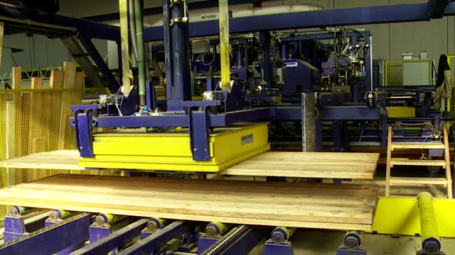 Geklebte Transport stützen auf Lumbermill Gluing Line
