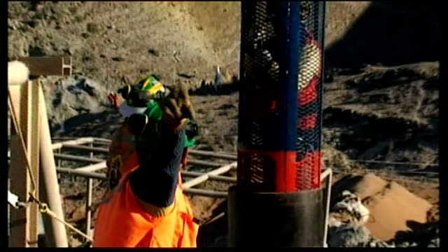 final rescue preparations underway chile copiapo san jose mine ext various shots of metal tube / steel pipe to be used in rescue of 33 miners trapped... - minatore video stock e b–roll
