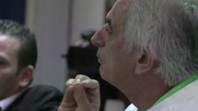 vídeos y material grabado en eventos de stock de tras llevar a argelia por primera vez hasta los octavos con un juego seductor el seleccionador bosnio vahid halilhodzic decidio poner fin a su... - llevar