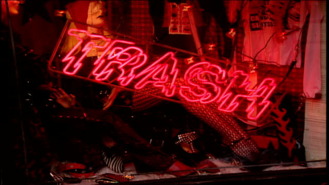 vidéos et rushes de cu trash and vaudeville neon signs and display windows - punk