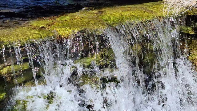 stockvideo's en b-roll-footage met travel destinations : rogers spring inside the lake mead national recreation area - aquifer