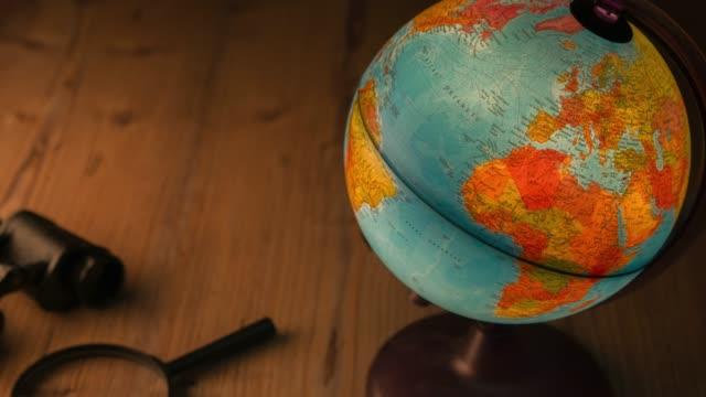 stockvideo's en b-roll-footage met reizen artikelen - landen
