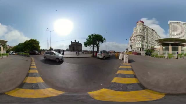 Travel the streets of Mumbai in a 360 experience
