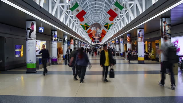travelers at chicago, o'hare international airport - chicago stock videos & royalty-free footage