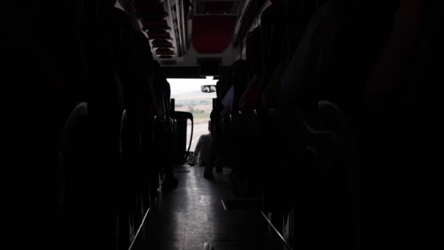 resa på vägen med buss - fordonsinteriör bildbanksvideor och videomaterial från bakom kulisserna