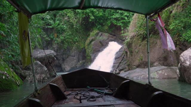 POV: Reisen mit Thai Taxi-Boot