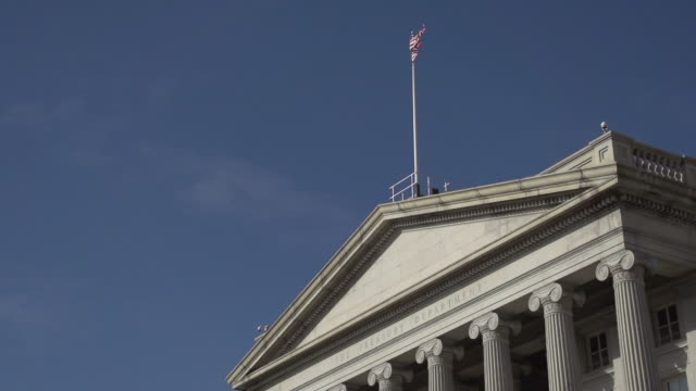 treasury building in washington, d.c. - finanzministerium stock-videos und b-roll-filmmaterial