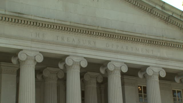 cu treasury department / washington dc united states - finanzministerium stock-videos und b-roll-filmmaterial