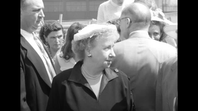 us treasury secretary john snyder escorts first lady bess truman down gangplank followed by margaret truman / walking down gangplank from rear /... - margaret truman stock-videos und b-roll-filmmaterial