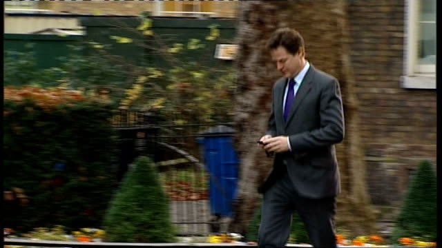 cabinet arrivals england downing street ext **christmas tree outside 10 downing street** william hague mp arrival/ patrick mcloughlin mp arrival with... - sir george young politician stock videos and b-roll footage