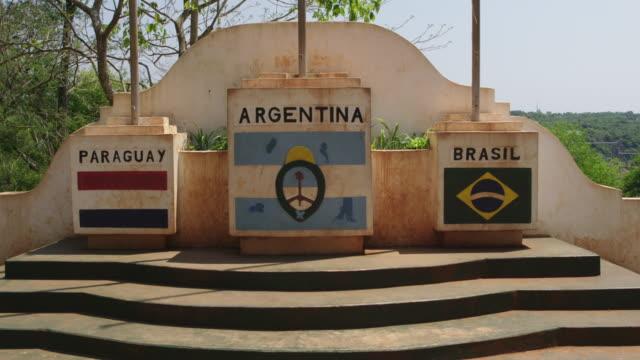 vídeos de stock, filmes e b-roll de tres fronteras - monument