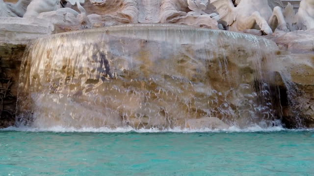 trevi foutain in rome - fountain stock videos & royalty-free footage